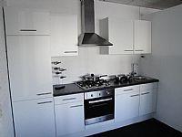 Strakke rechte keuken